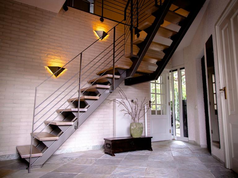 Stalen trap in een Woning