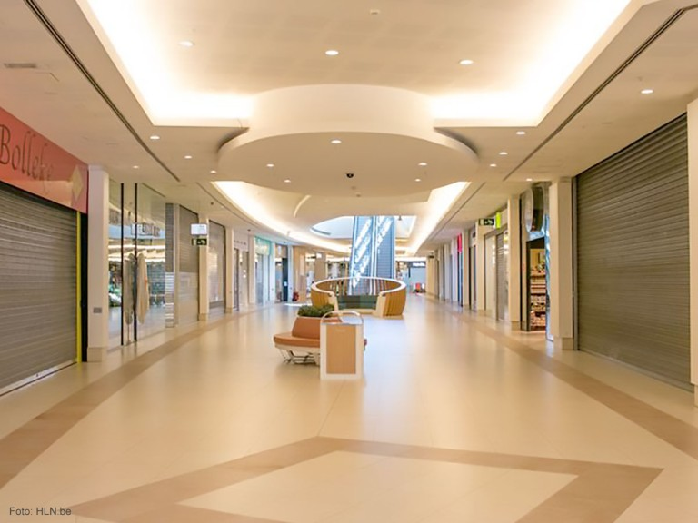 Winkelcentrum Interieur; Sint-Niklaas, RVS Afvalbakken