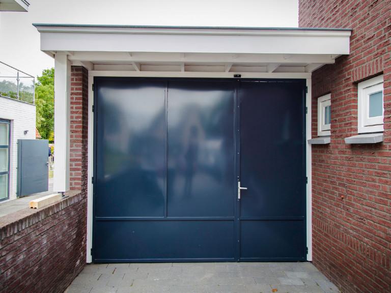 Stalen deur Carport